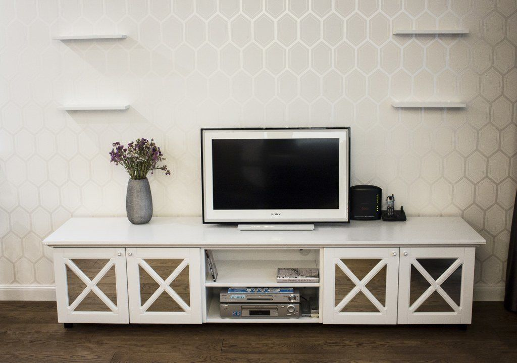 LIVING ROOM FURNITURE (1)